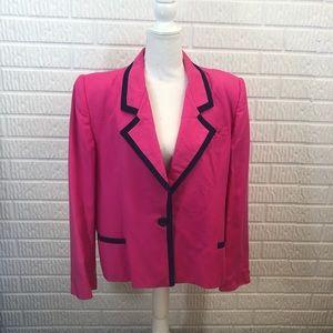 • Christian Dior vintage Fuchsia blazer